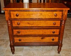 Early american 4 drawer chest in tiger maple, cherry & flamed mahogany , Circa 1830 - Leonards Antiques
