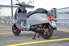 Modern Vespa: The Scooter Is Dressed In Luxury And Latest https://www.mobmasker.com/modern-vespa-the-scooter-is-dressed-in-luxury-and-latest/