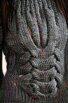 Подиумный свитер Emilio Pucci RTW'09. Как разгадывали ребус на Осинке. Обсуждение на LiveInternet - Российский Сервис Онлайн-Дневников