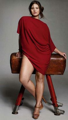 French Elle, March, 2010 Plus Size Model Tara Lynn Curvy Girl Fashion, Plus Size Fashion, Womens Fashion, Fashion Fashion, Poses Modelo, Xl Mode, Plus Zise, Modelos Plus Size, Plus Size Kleidung