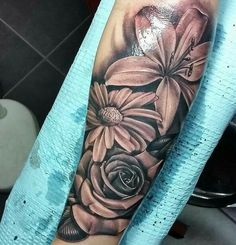 best half sleeve tattoos ever Dope Tattoos, Bild Tattoos, Badass Tattoos, Pretty Tattoos, Forearm Tattoos, Beautiful Tattoos, Body Art Tattoos, Tattoos For Guys, Forearm Flower Tattoo