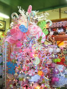 I am on the hunt for those pink and white candy canes! Candy Land Christmas, Candy Christmas Decorations, Cool Christmas Trees, Whimsical Christmas, Christmas Tree Themes, Noel Christmas, Christmas Tree Toppers, Pink Christmas, Christmas Goodies
