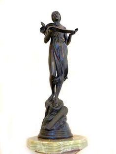 Bronze woman sculpture GLORIA IN EXCELSIS DEO. This beautiful sculpture will not only decorate your collection, but also bring love and good luck to your ho Gloria In Excelsis Deo, Good Luck To You, Online Art Gallery, Modern Art, Bronze, Sculpture, Statue, Beautiful, Collection