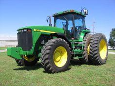 John Deere Tractor 8400