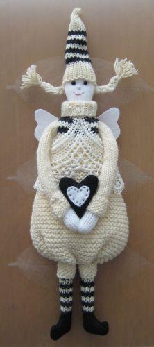 Cute knitted Angel Amigurumi Doll, Amigurumi Patterns, Knitting Patterns Free, Crochet Patterns, Free Pattern, Little Cotton Rabbits, Crochet Angels, Spinning Yarn, Yarn Bombing