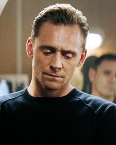 Tom Hiddleston, the Master of all. Auf jeden Fall ist er der Master m… #fanfiction # Fan-Fiction # amreading # books # wattpad