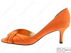 I was supposed to have these in green for graduation...maybe they'll have a 10.5 this time. :)