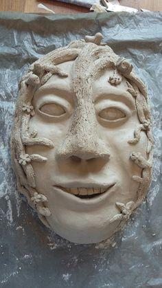 Dit is mijn uiteindelijk werk van mijn masker. ik ben er zelf heel trots op want dit had ik in mijn hoofd om te maken.