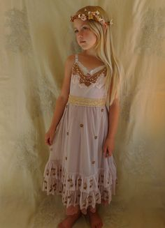 Evie Little Girl s Dress... Size 7 8... flower by 94977a0db8c7