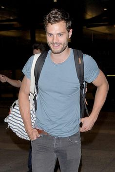 Jamie Dornan & Dakota Johnson Fly to Los Angeles Together!: Photo Jamie Dornan flashes his super sexy smile while exiting LAX Airport after arriving in town on Saturday night (September in Los Angeles. Shades Of Grey Book, Fifty Shades Of Grey, Dakota Johnson Movies, Fifty Shades Movie, Jaime Dornan, Mr Grey, Gray, Irish Men, Christian Grey