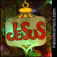Jesus Christmas Tree Light Ornament Craft from www.daniellesplace.com