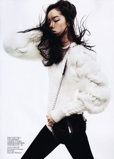 pinerosolanno:    Black & White    #Burberry Prorsum #Alexander McQueen