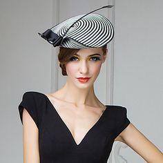 http://www.lightinthebox.com/fr/papier-de-mariage-magnifique-avec-plumes---fete-chapeau-lune-de-miel----1192-301-_p185873.html