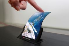 LGs 5-inch unbreakable displays to debut later this year
