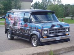 My parents were part of a van club in the late 70's.... I love it!!!
