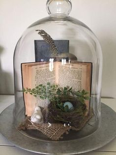 100 Dollar Store Easter Decorations that are simply Egg-cellent – Hike n Dip - dekor The Bell Jar, Bell Jars, Cloche Decor, Deco Boheme, Deco Floral, Spring Home Decor, Easter Crafts, Easter Decor, Decoration Table
