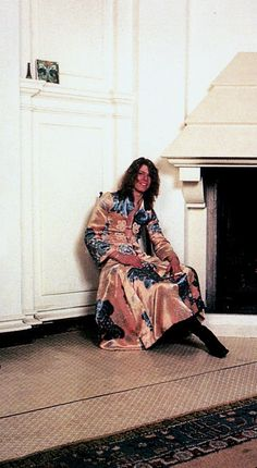 David Bowie at home, Haddon Hall, 1971. Hunky Dory album shoot.