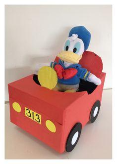 Sinterklaas surprise Donald Duck auto www.sinterklaassurprises.jouwweb.nl