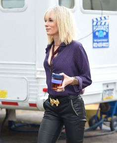 Cate Blanchett redefine o western em personagem do filme Ocean's 8 Cate Blanchett, Short Blonde, Blonde Hair, Medium Hair Styles, Short Hair Styles, Oceans 8, Mid Length Hair, Mode Style, Cut And Style