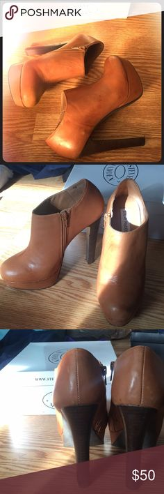 Steve Madden Belbotm 7.5 Tan High Heel Shootie Gently worn with some imperfections in the natural leather. Great condition! Steve Madden Shoes Heels