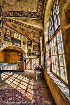 A bedroom to inspire dreams - from Terry's Place: Friday Field Trip - Fonthill Castle