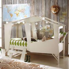 Chouette, un lit cabane pour une chambre de petit garçon qui voyage...