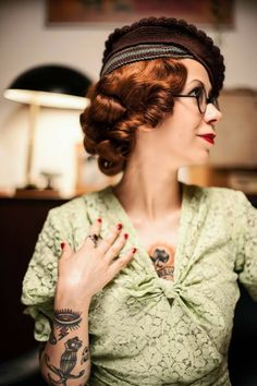 Tea with the Vintage Baroness: Hooked on Handbags by Capitaine Crochet