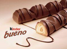 Les kinder bueno on adore tous ! Alors voici la recette pour réaliser vos propres kinder bueno maison : Ingrédients : - 100 gr de Noisette mondée - 3 cuillères...
