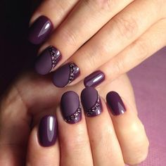 The hottest fall nail colors this season 00017 - Winter Nails Stylish Nails, Trendy Nails, Sophisticated Nails, Elegant Nails, Gorgeous Nails, Fabulous Nails, Fancy Nails, Cute Nails, Hair And Nails