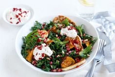 Pomegranate adds a pop of flavour to this Kale, haloumi & pumpkin salad with lemon yoghurt dressing. It looks specta-kale-lar but is easy to prepare, plus it's gluten-free so everyone can tuck in! Vegetarian Recipes, Cooking Recipes, Healthy Recipes, Vegetarian Salad, Savoury Recipes, Healthy Dinners, Salad Recipes, Atkins Recipes, Raw Recipes
