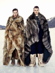 this is all i want out of life. FUR FUR FUR FLOOR-LENGTH FUR