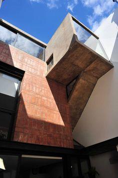 Ventura Virzi arquitectos — Casa de Ladrillos / Brick House