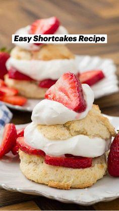 Strawberry Shortcake Recipes, Strawberry Recipes, Baking Recipes, Whole Food Recipes, Dessert Recipes, Summer Desserts, Summer Recipes, Yummy Treats, Sweet Treats