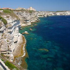 Isla de Corcega (en la imagen: Bonifacio). FRA.-
