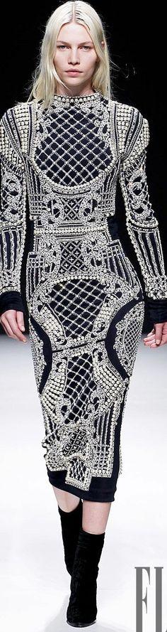 Balmain Ready-to-Wear Fall-Winter Collection Fashion Week, High Fashion, Fashion Outfits, Womens Fashion, Pierre Balmain, Gala Dresses, Casual Dresses, Traje A Rigor, Christophe Decarnin