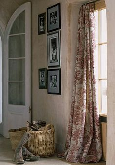 Curtains and plaster walls