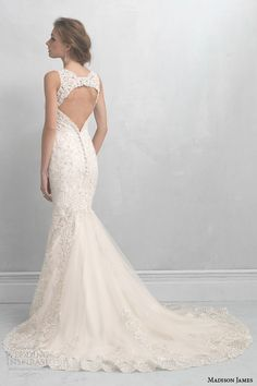 Wedding dresses, cakes, bridal accessories, hair, makeup, favors, wedding planning  other ideas for brides | Wedding Inspirasi