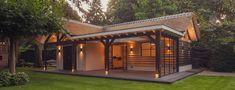 overkapping veranda met rieten dak driebergen Tiny House, Gazebo, Outdoor Structures, Outdoor Decor, Home Decor, Homemade Home Decor, Kiosk, Tiny Houses, Pavilion