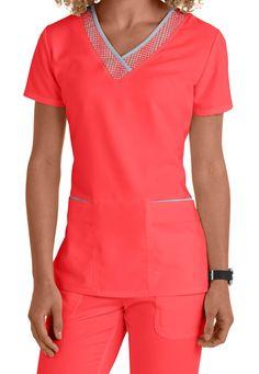 Greys Anatomy 3 pocket v-neck with printed grid trim scrub top Scrubs Outfit, Scrubs Uniform, Dental Scrubs, Medical Scrubs, Medical Uniforms, Work Uniforms, Cute Scrubs, Greys Anatomy Scrubs, Nursing Clothes