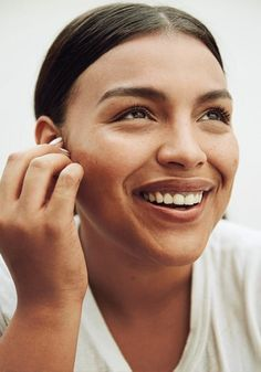 Paloma Elsesser, Plus-Size Model Mens Hairstyles Fade, Celebrity Hairstyles, Cool Hairstyles, Gorgeous Hairstyles, Curl Styles, Short Hair Styles, Lush Rosy Cheeks, Paloma Elsesser, Pony Style