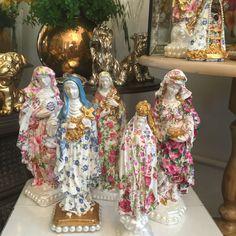 Arquivo para Casa Vie - Page 2 of 2 - Blog Home Idea Decoupage, Mother Mary, Religious Art, Altar, Color Mixing, Pottery, Colours, Texture, Blog