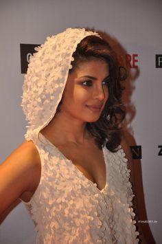 #PriyankaChopra At 60th #Britannia #Filmfare Pre Awards Party In #Mumbai  visit @ - http://modo.ly/1yqypFw
