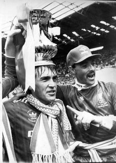 ♠ The History of Liverpool FC in pictures - 1986 FA Cup Final at Wembley Stadium Best Football Team, Liverpool Football Club, Liverpool Fc, Kenny Dalglish, Liverpool Legends, This Is Anfield, Blackburn Rovers, You'll Never Walk Alone, Fa Cup