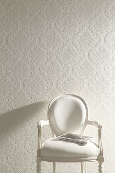 Ornamental Wallpapers - Bringing a Touch of Timeless Class to your Home %%page%% - Architecture E-zine Damask Wallpaper Living Room, Wallpaper Designs For Walls, Wallpaper Decor, Feature Wall Living Room, Living Room White, Living Toom Ideas, Home Decor Bedroom, Living Room Decor, Bed Wall