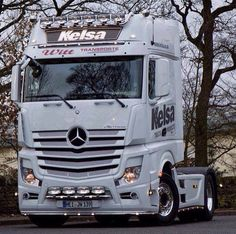 Actros MP 4.. The new King of the road in Europe. Scania step down from the throne.
