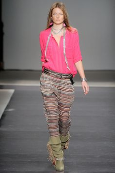 Isabel Marant Spring 2010 Ready-to-Wear Collection Slideshow on Style.com