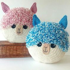 Alpaca Llama Pillow - Cushion CROCHET PATTERN - crochet patterns for animal pillows - Kids Birthday present - Nursery gift : Creations to make you smile crochet patterns & more by AnneAlster Crochet Pillow Pattern, Crochet Cushions, Crochet Toys Patterns, Stuffed Toys Patterns, Crochet Home, Crochet For Kids, Crochet Crafts, Crochet Projects, Crochet Baby