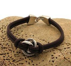 FREE SHIPPING. Women's leather bracelet.Multi por eliziatelye