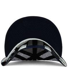 New Era Minnesota Twins Old School Mesh 9FIFTY Snapback Cap - White/Navy Adjustable