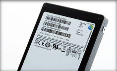 Cel mai bun SSD de la Samsung foloseste tehnologia V-NAND 3rd generation de 256Gb, cu tabloul de celule formate din 48 de straturi, care ofera un plus ...